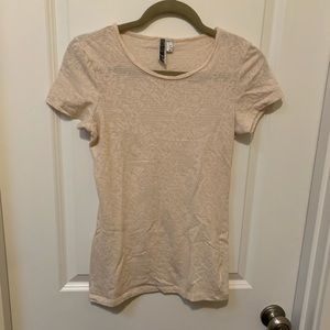 T shirt with subtle shimmer and lace pattern